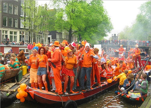 amsterdam culture queensday